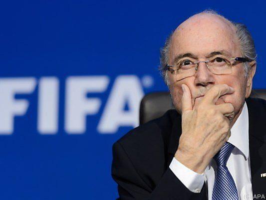 Druck auf FIFA-Boss Sepp Blatter verstärkt sich weiter