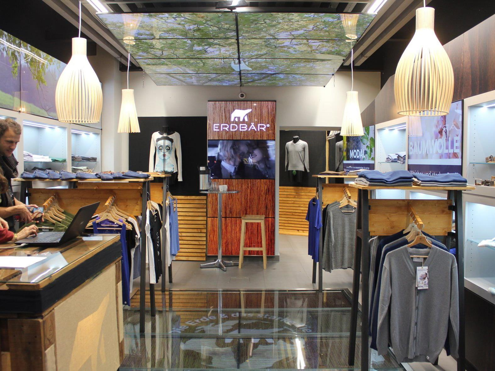 Die Kleidungsmarke ERDBÄR eröffnet erstmals in Wien einen Markenstore.