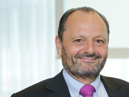 """Burkhard Ernst, Obmann der Bürgerinitiative """"Mein Auto"""", will die individuelle Mobilität der Bürger erhalten."""