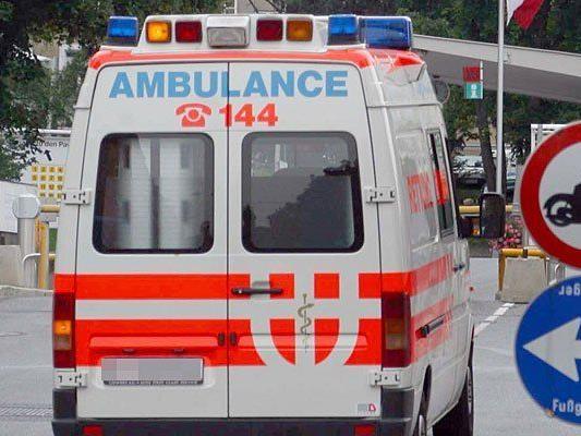 Die Fußgängerin wurde in ein Spital gebracht.