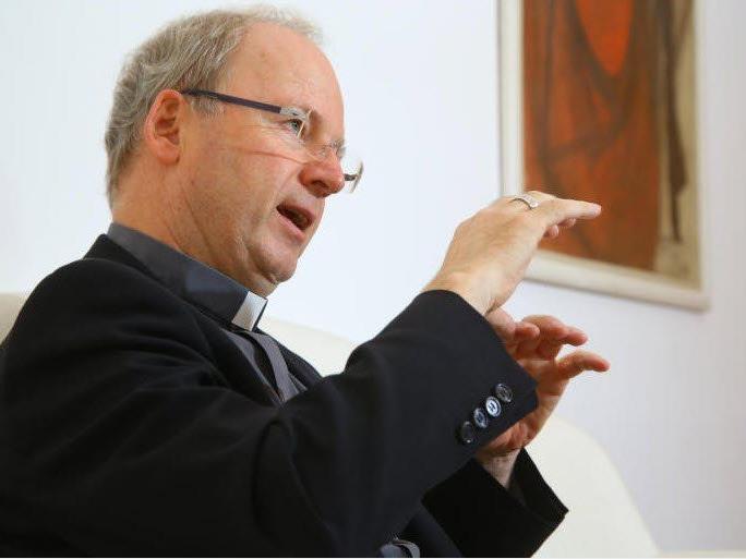 Nahezu alle aus Deutschland und Österreich stammenden Synodalen vertreten