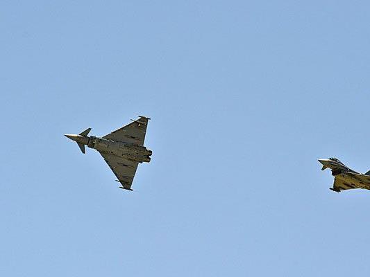 Die Eurofighter-Piloten absolvieren ein Überschalltraining