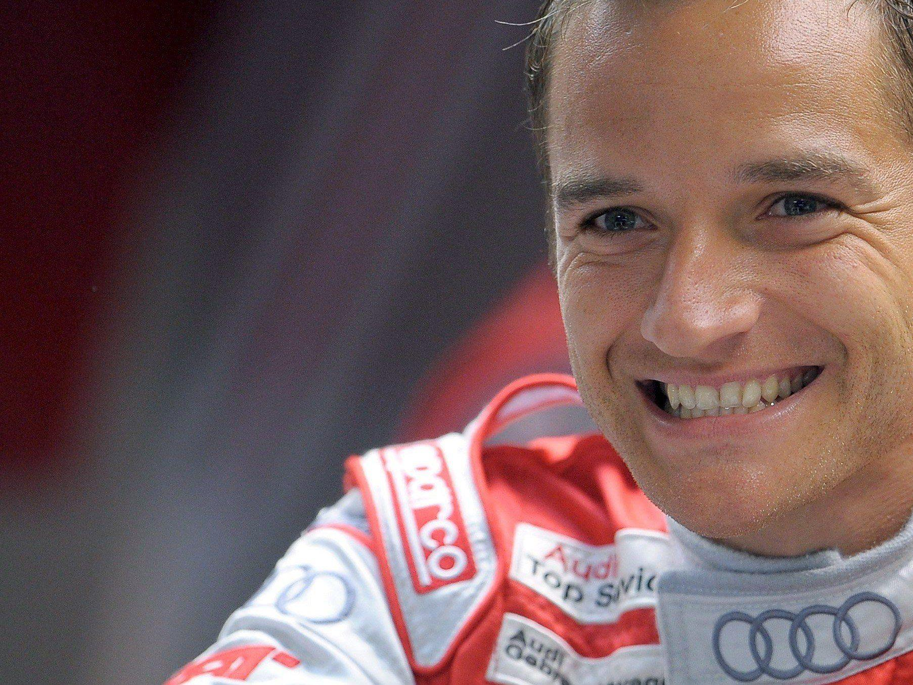 Timo Scheider zofft sich in der DTM mit Pascal Wehrlein.
