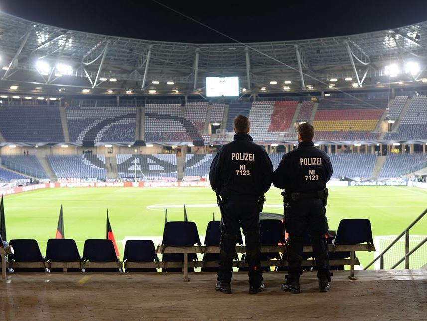 Das leere Stadion von Hannover.