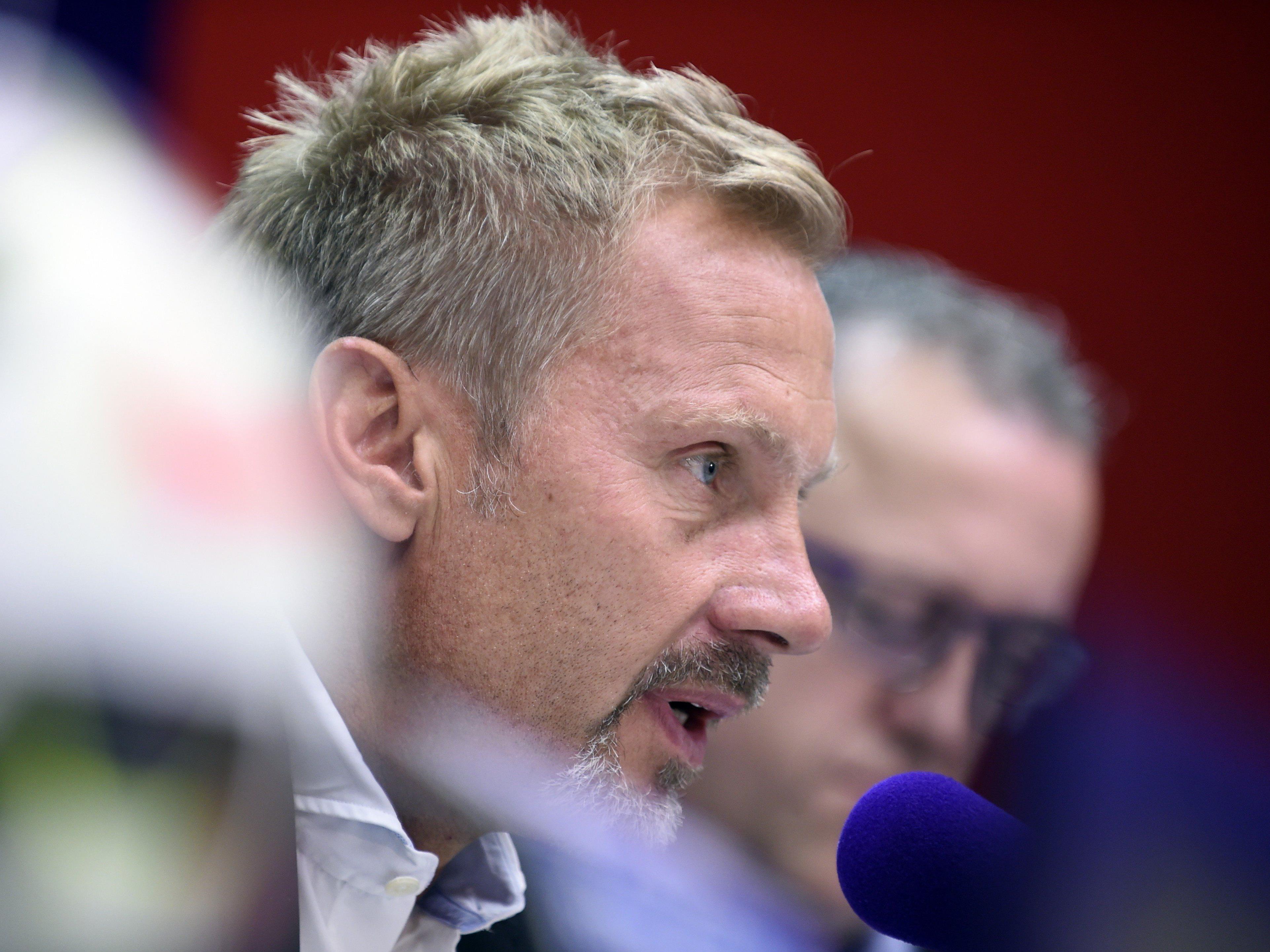 Austria-Trainer Fink und Sportchef Wohlfahrt stellen sich den Fragen der Fans.