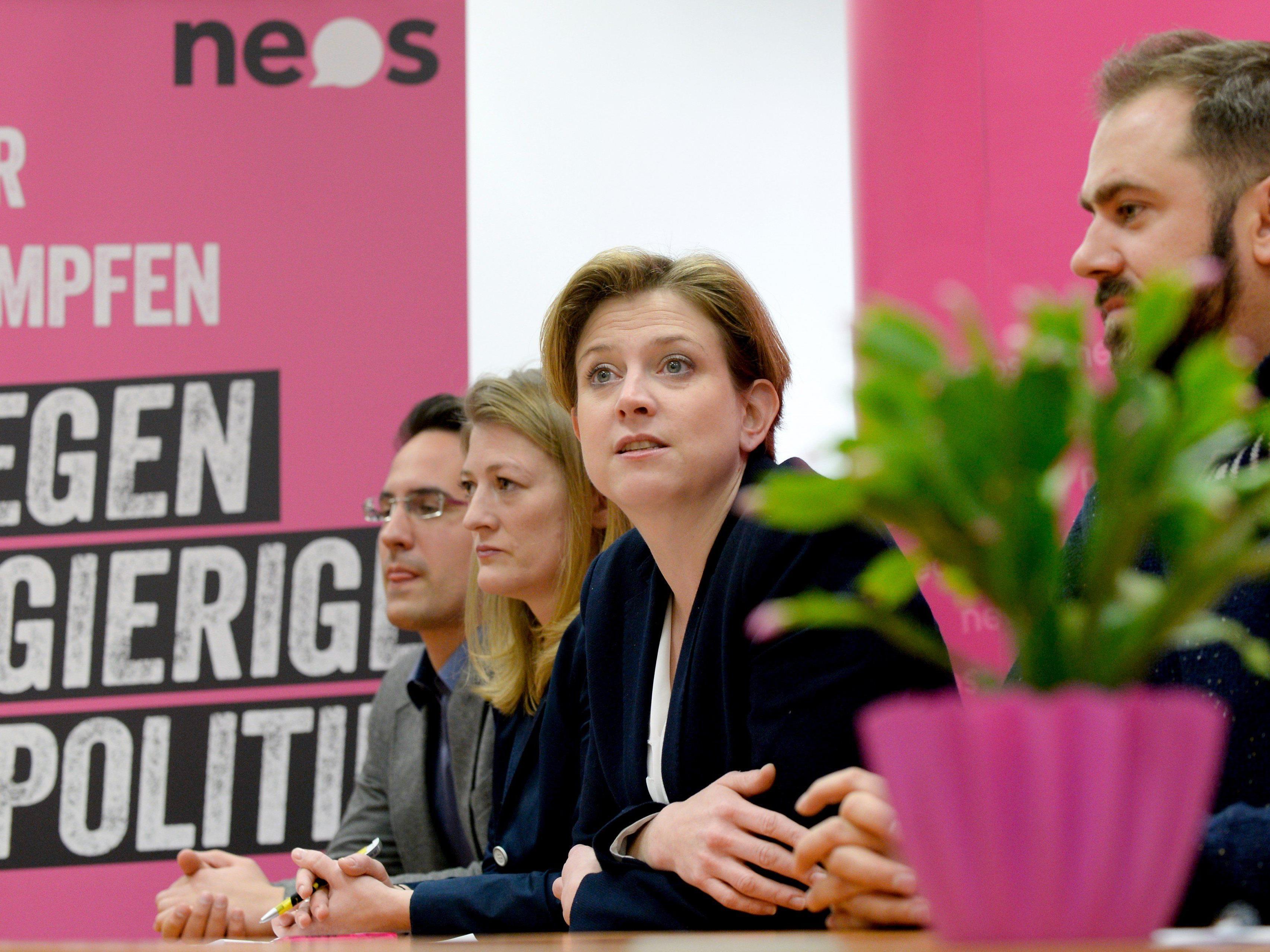 Meinl-Reisinger kündigt Antrag bei Budgetdebatte an