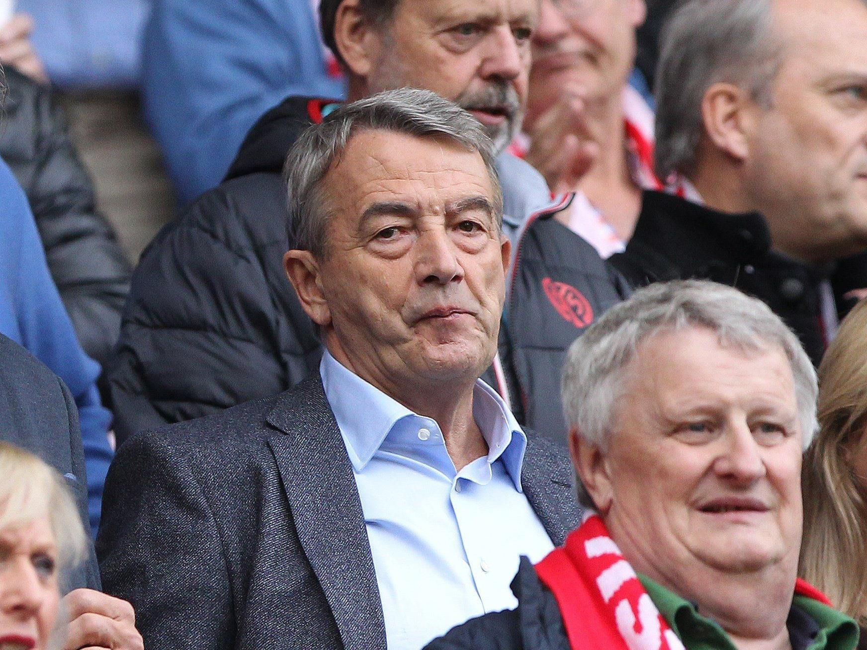 DFB-Präsident Niersbach bei einem Bundesliga-Spiel Anfang November.