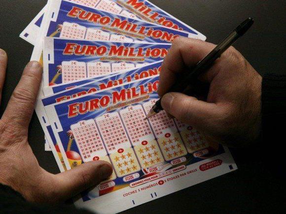 100 Millionen Euro gilt es bei der nächsten Ziehung zu gewinnen.