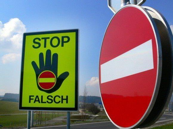 Autobahnmeisterei stoppte Geisterfahrerin auf A22