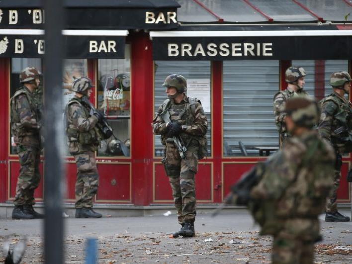 Die Lage in Paris ist nach wie vor angespannt.