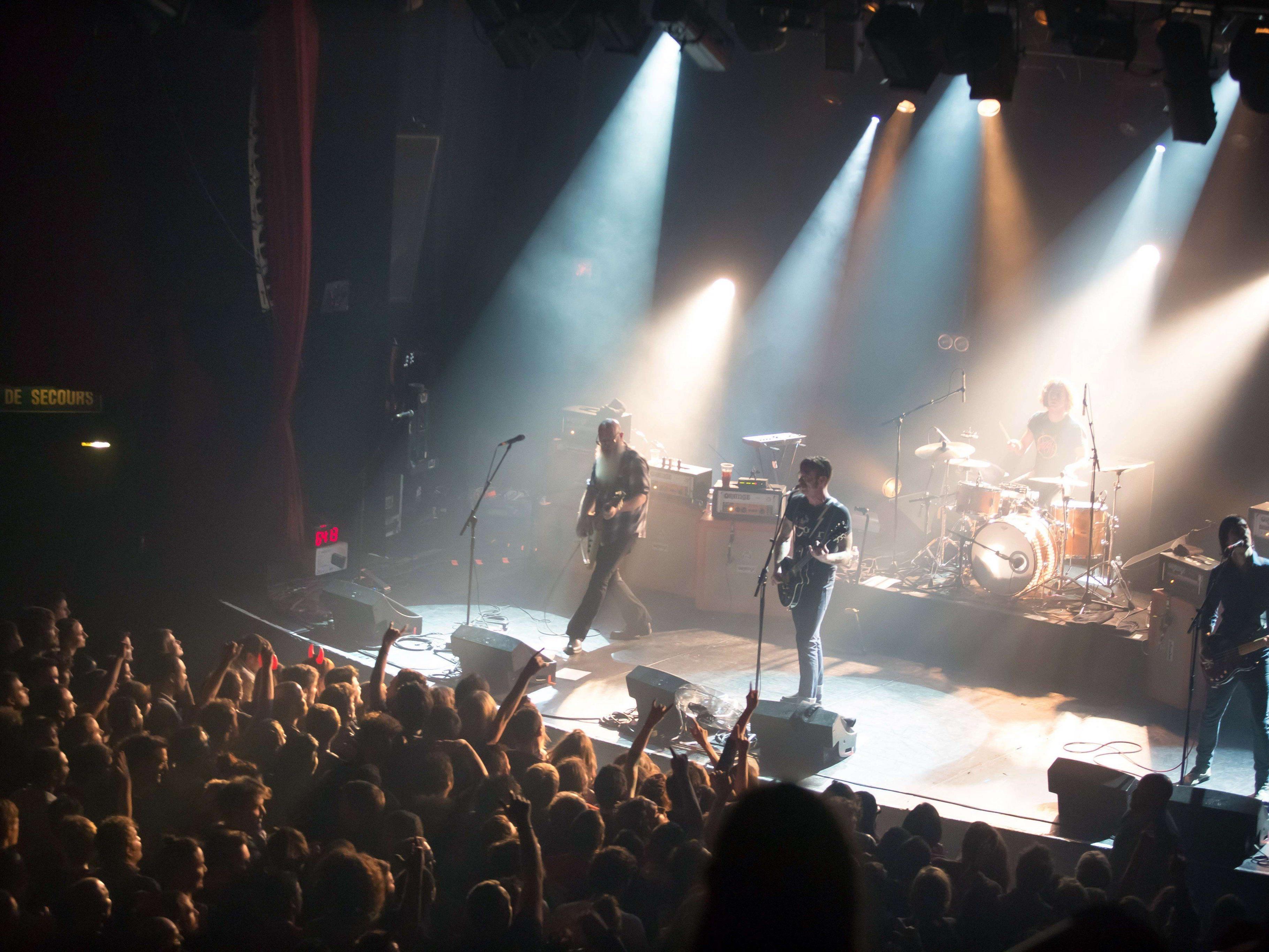 Paris-Terror - Eagles of Death Metal sollen Montag mit U2 auftreten