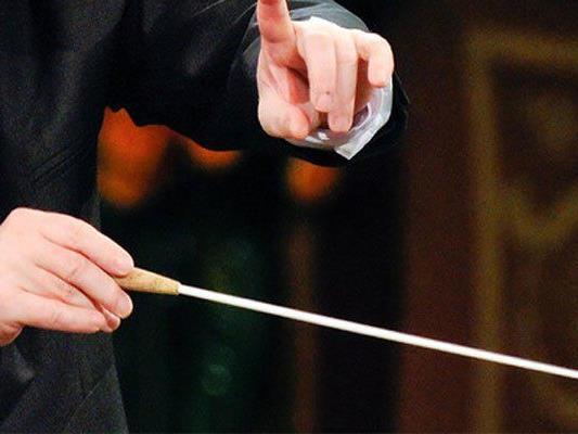 Dirigent und Musikkritiker Gerhard Kramer gestorben.