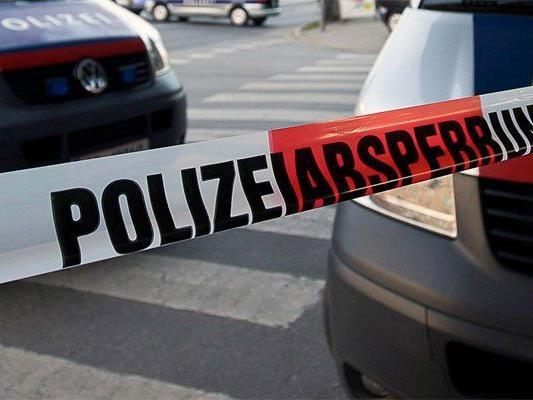 Eine Tonne Munition und Waffen in Wiener Wohnhaus entdeckt