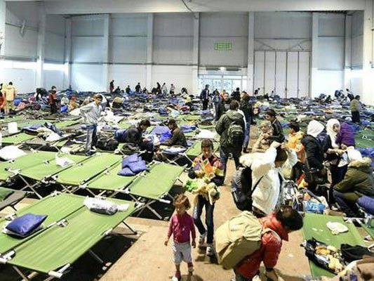 Das System der Flüchtlingsversorgung sei vor dem Kollaps.