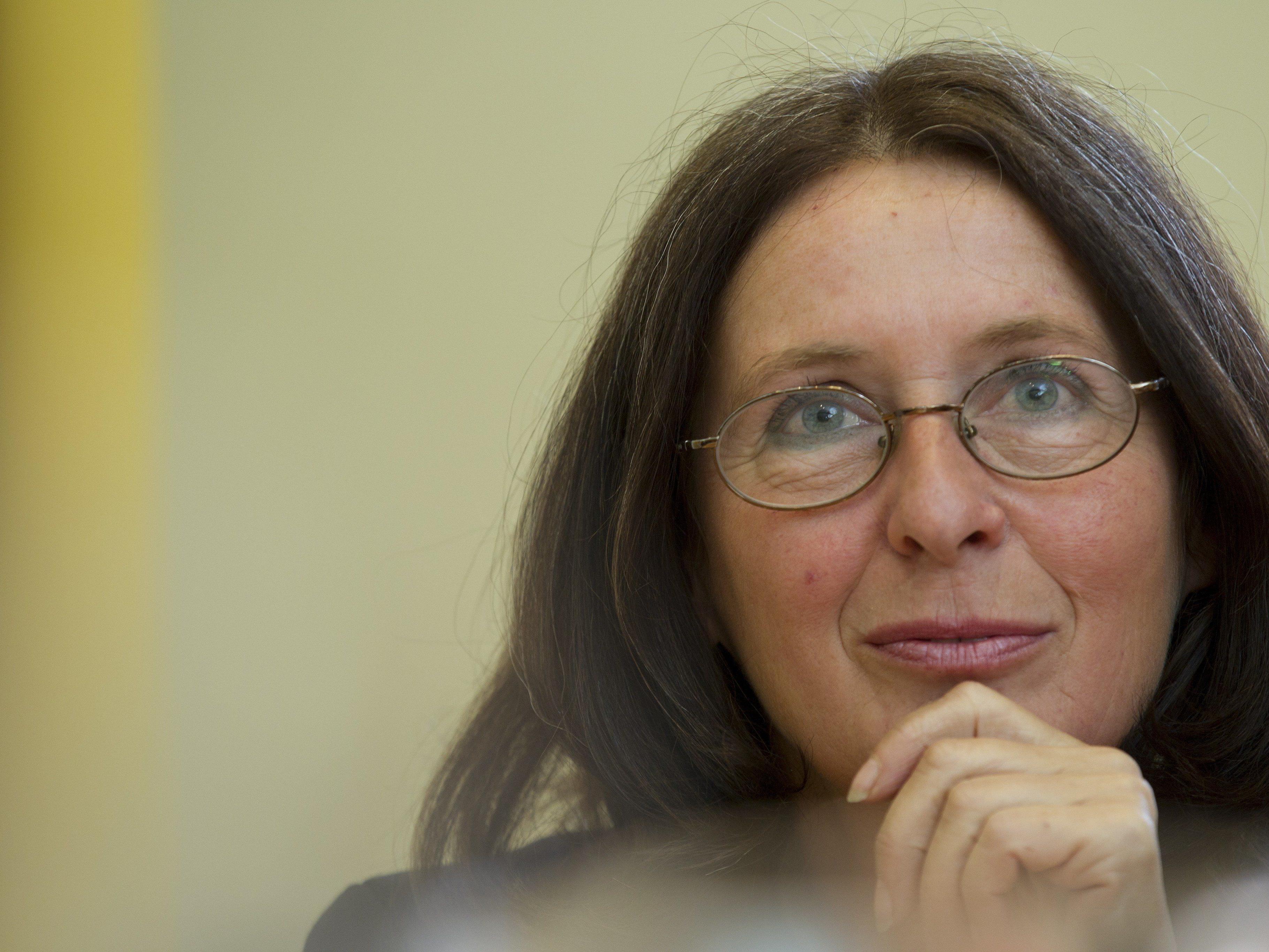 Stadträtin Elke Kahr (KPÖ) während eines Pressegesprächs der KPÖ Steiermark.
