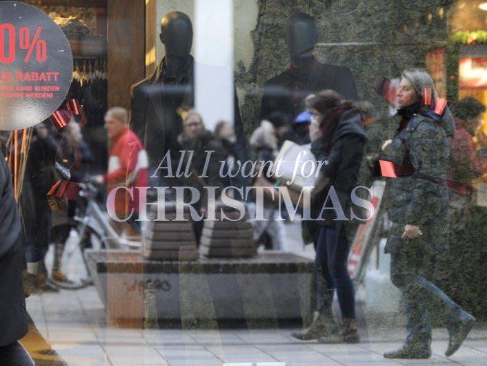 Am 8. Dezember wurde nach Weihnachtsgeschenken gestöbert.