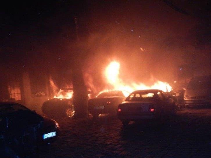 Hausbewohner waren vom Brandrauch eingeschlossen.