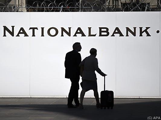 Der Nationalbank macht die Aufgabe des Euro-Mindestkurses zu schaffen
