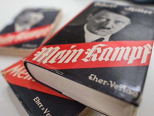 """Urheberrechte zu Hitler's """"Mein Kampf"""" sind ausgelaufen"""