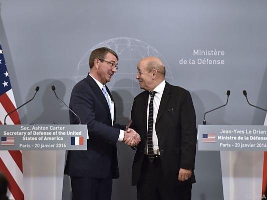 Treffen der Verteidigungsminister in Paris