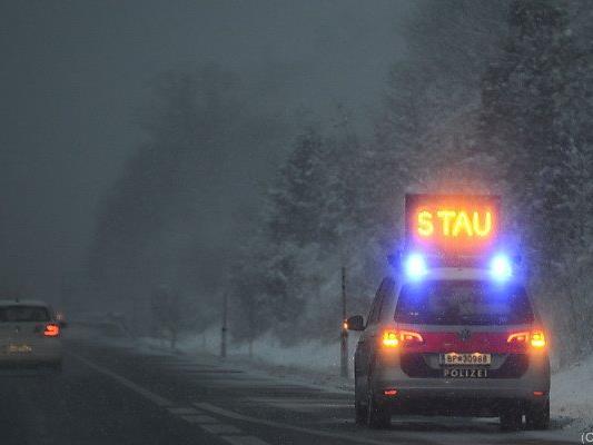 Urlaubsverkehr in die Skigebiete dürfte zu Stau führen