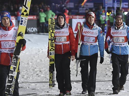 Österreichs Team bei der Skiflug-WM am Kulm