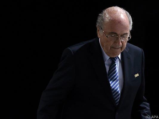 Sepp Blatter wird weiter von der FIFA bezahlt