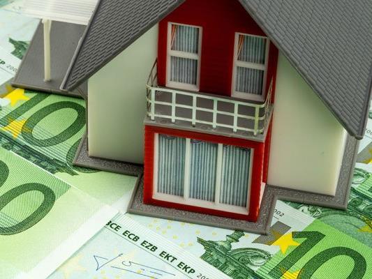 Auch 2016 werden Immobilienpreise weiter hoch bleiben.