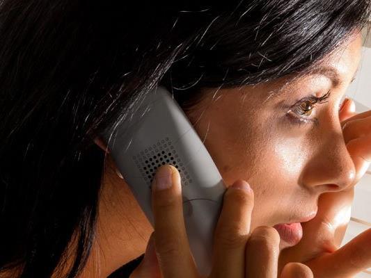 Mehr als 1.800 Frauen haben sich 2015 am Frauentelefon beraten lassen.