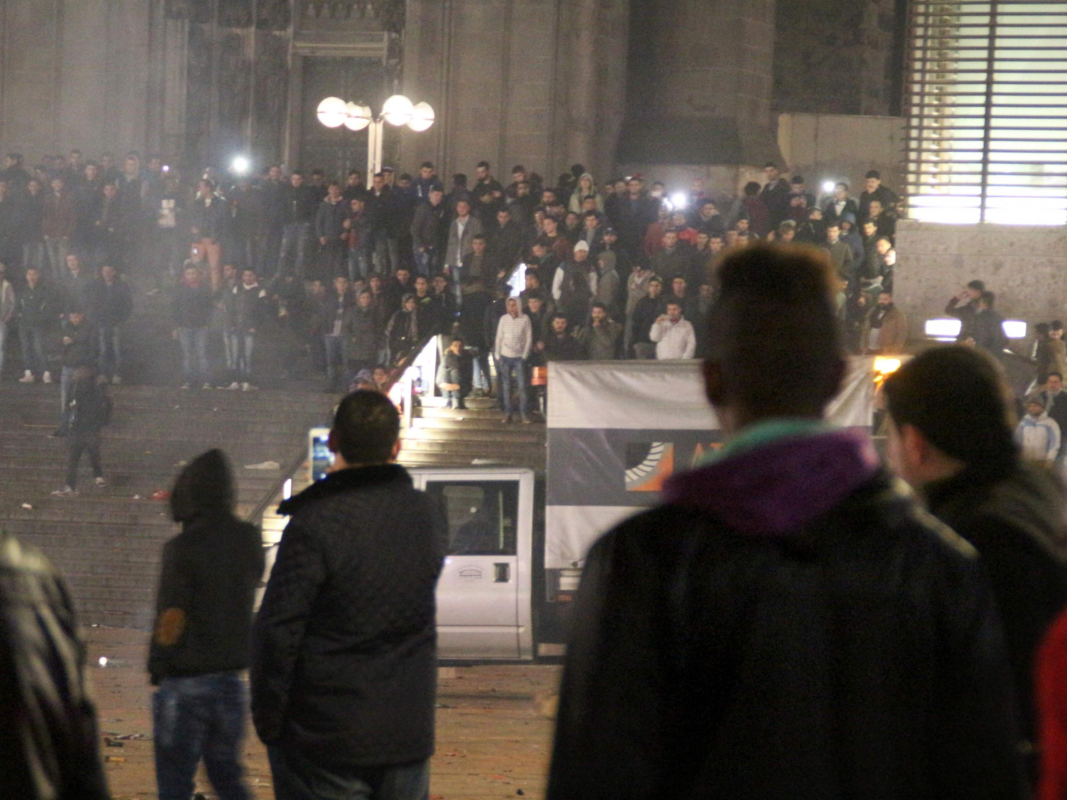 Interner Bericht beschreibt dramatische Lage vor dem Hauptbahnhof.