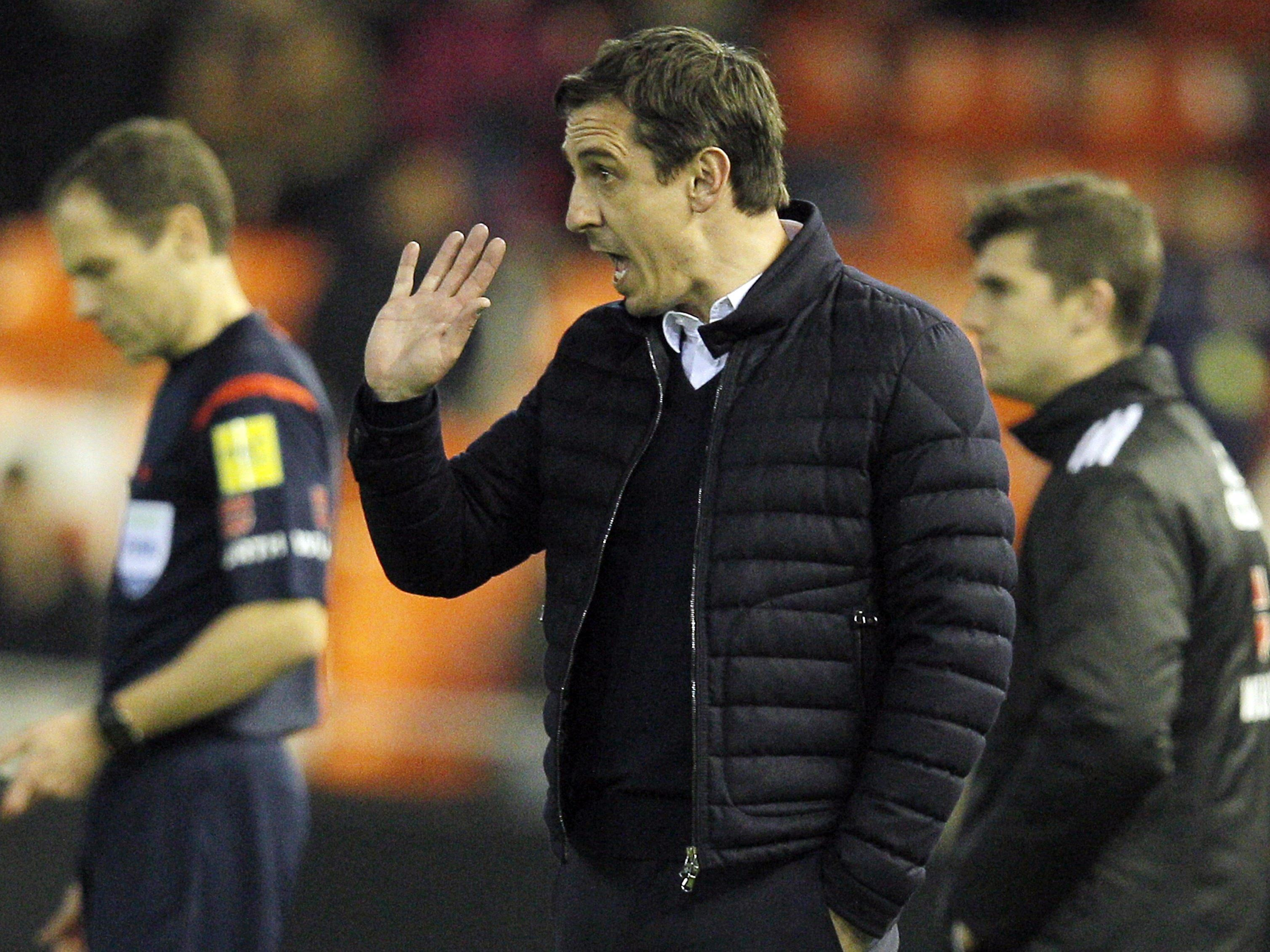 Gary Neville ist dabei, sich in Valencia einzuleben.
