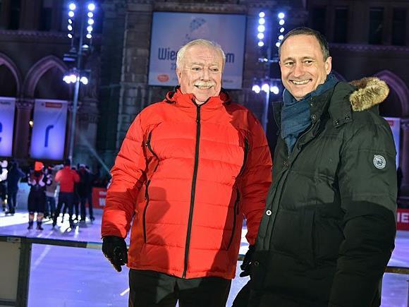 Bei der Eistraum-Eröffnung am Rathausplatz