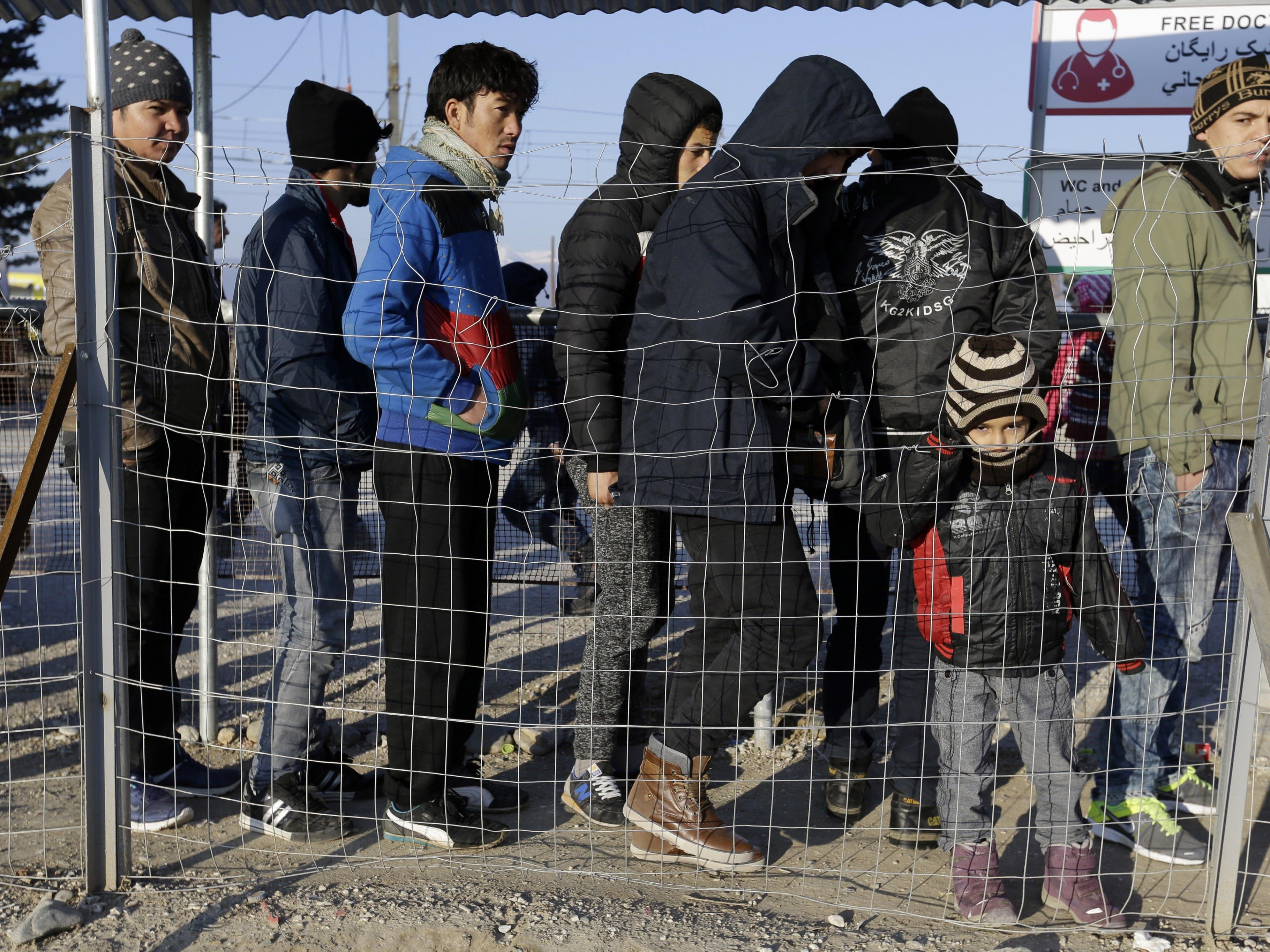 Die Österreicher stehen der Zuwanderung negativ gegenüber.