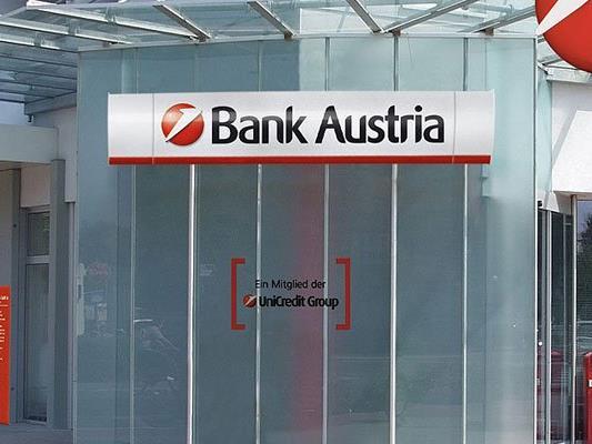 Bank Austria-Filiale in Liesing ausgeraubt.