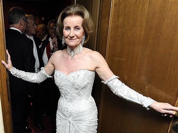 Ist immer noch gern Jahr für Jahr am Opernball: Elisabeth Gürtler