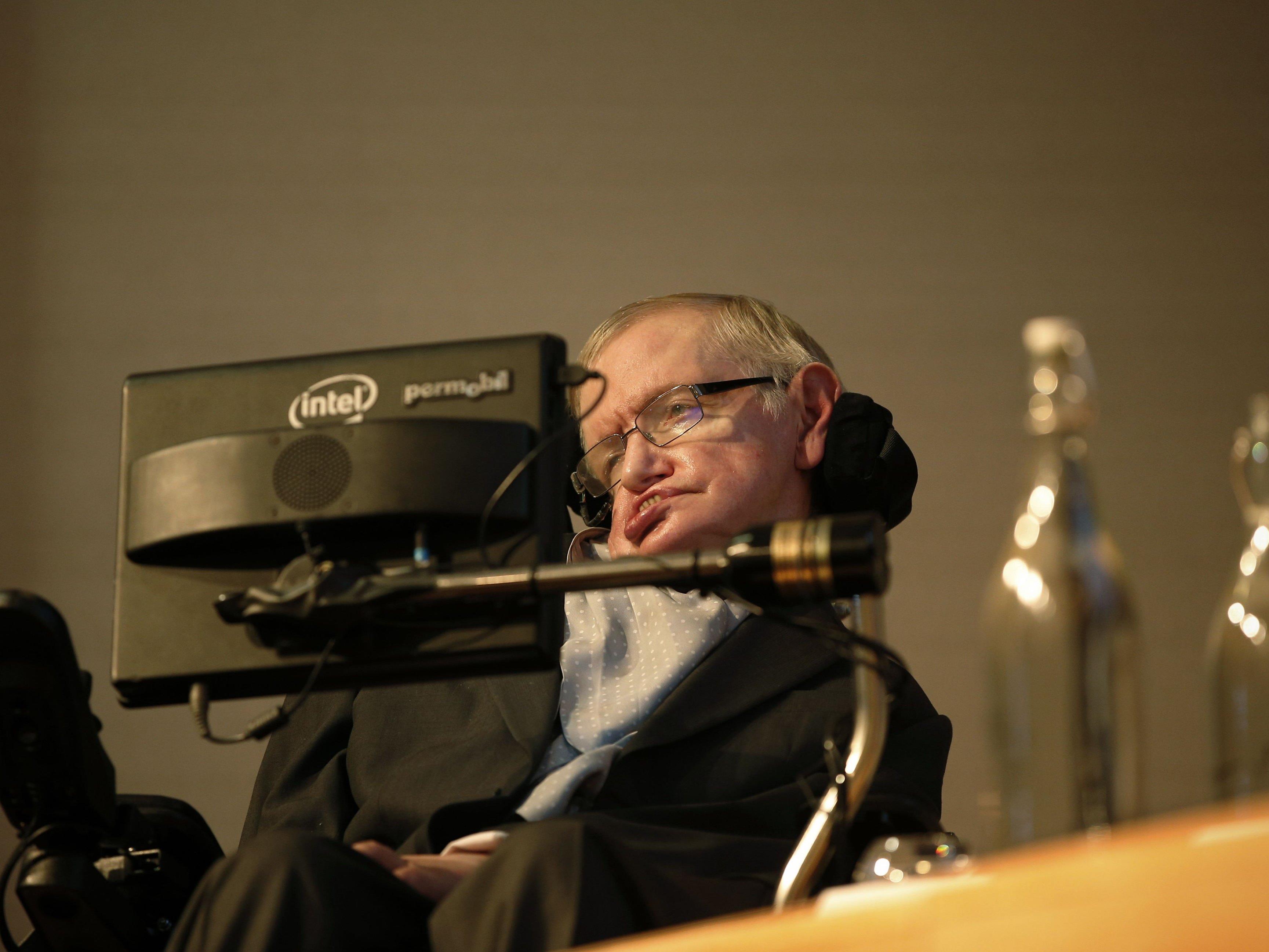 """Hawkings mahnt: Selbst heraufbeschworener Untergang der Menschheit in 1000 bis 10.000 Jahren """"beinahe Gewissheit""""."""