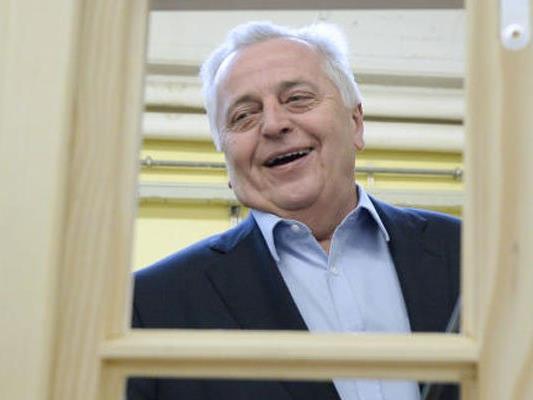 "SPÖ-Kandidat Hundstorfer besuchte den Lehrbetrieb ""Jugend am Werk""."