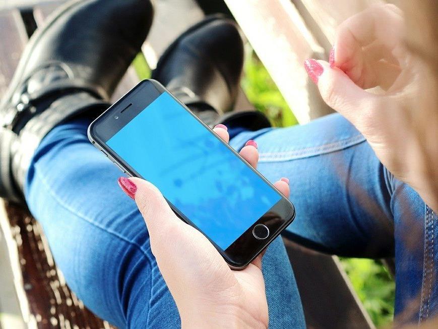 Telefonierenund surfen ist in Österreich günstiger geworden.