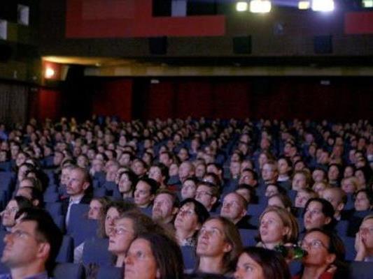 Gratis-Kino wird geboten.