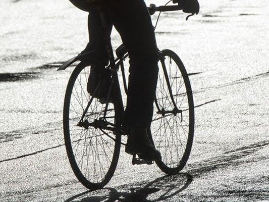 Ein Wiener hatte eine Radfahrerin mit einem Messer attackiert und verletzt