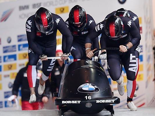 Österreichs Vierer landete 0,13 Sekunden hinter den deutschen Siegern