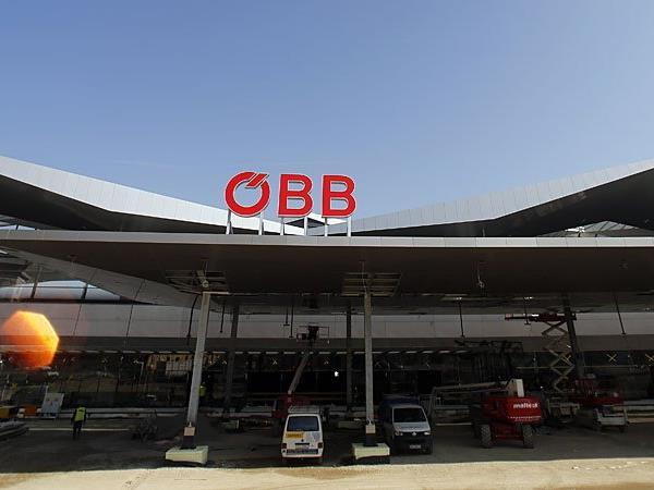 Die ÖBB und die Asfinag stellen auf ein neues System um.