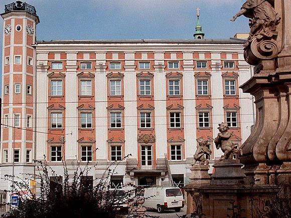 Das Linzer Rathaus wurde Ziel einer Axt-Attacke