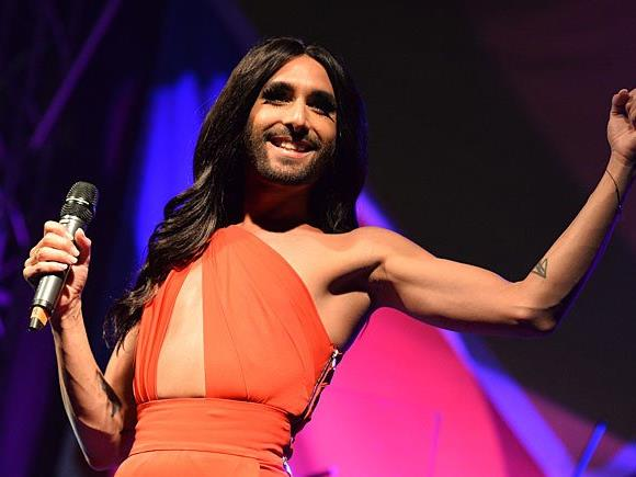 """Conchita Wurst tanzt als Gast bei Italiens """"Dancing Stars""""-Version"""