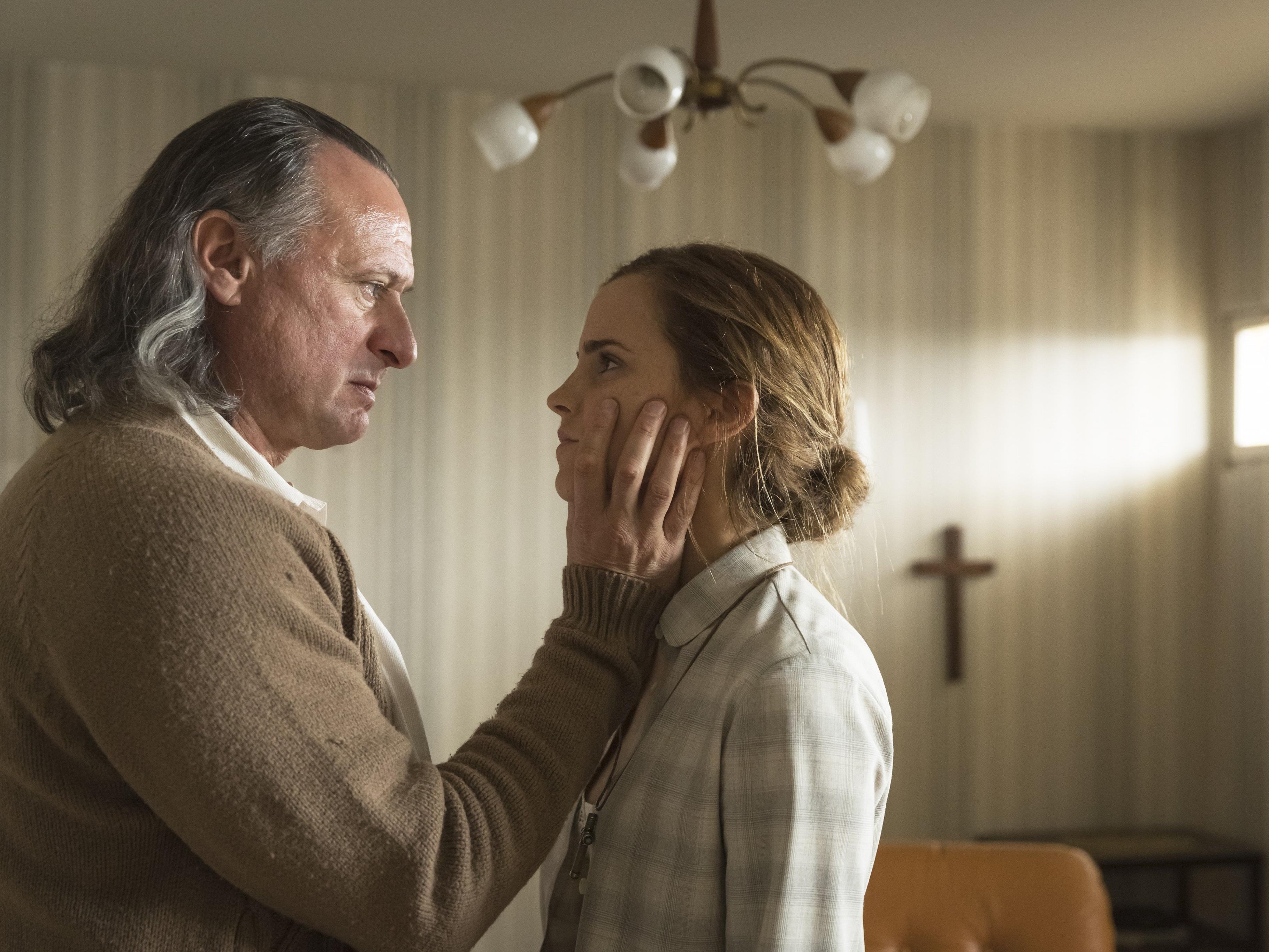 Mikael Nyqvist und Emma Watson in den Hauptrollen: Colonia Dignitas.
