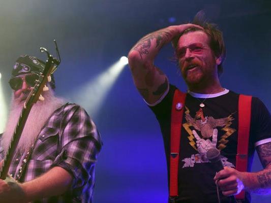 Die Eagles Of Death Metal zelebrierten die Kraft des Rock'n'Roll in Wien.