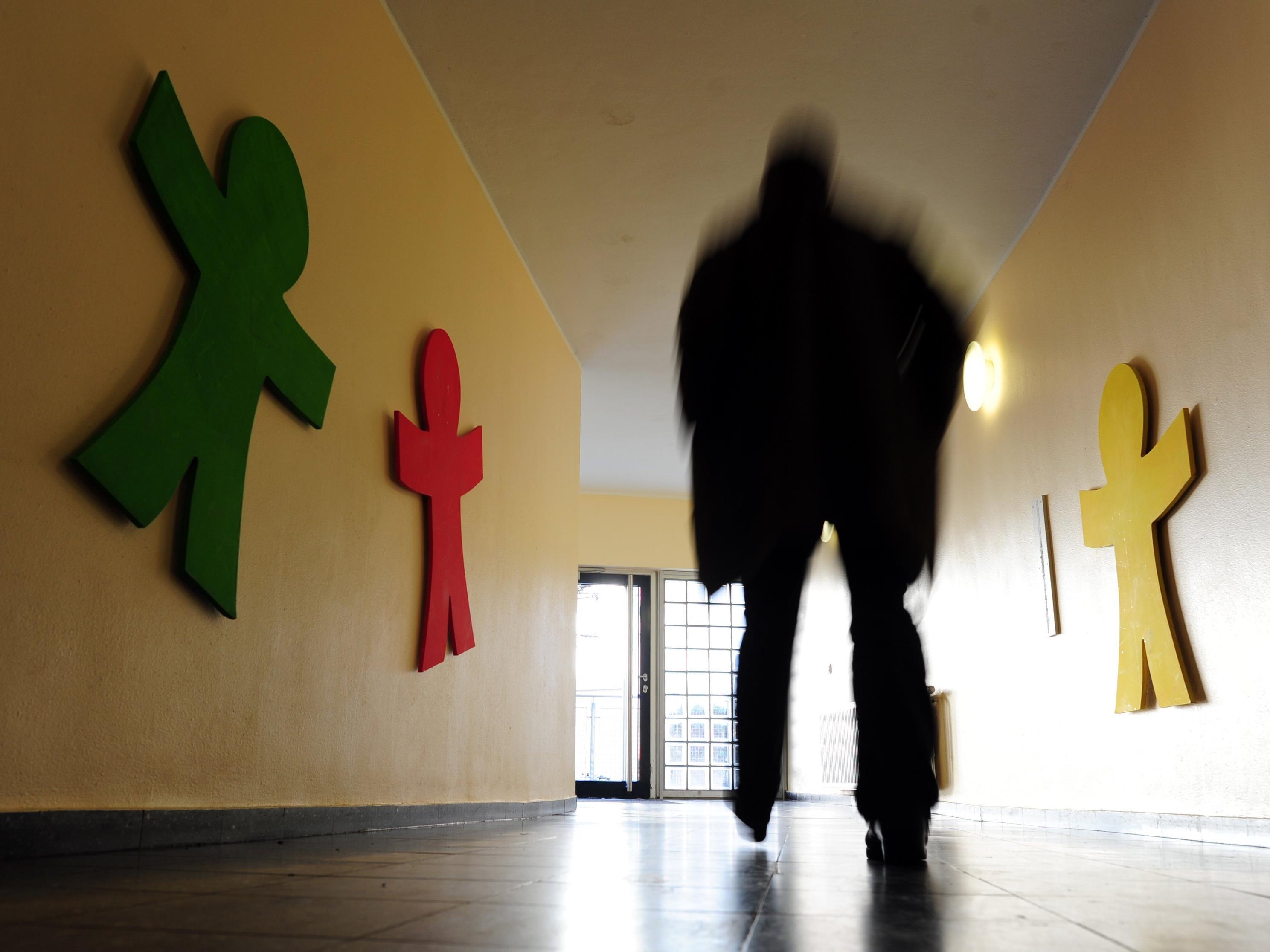 Täglich zwei Kinder zwangsweise in Wiener Erwachsenenpsychiatrie