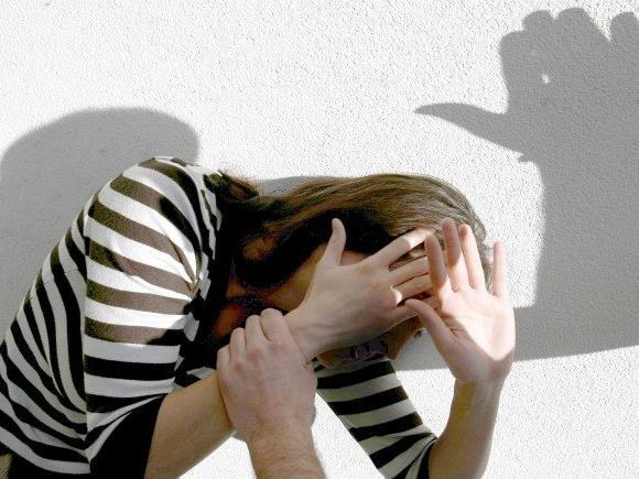 Die Frauenhäuser betonen, dass die Gewalt an Frauen nicht importiert wurde.