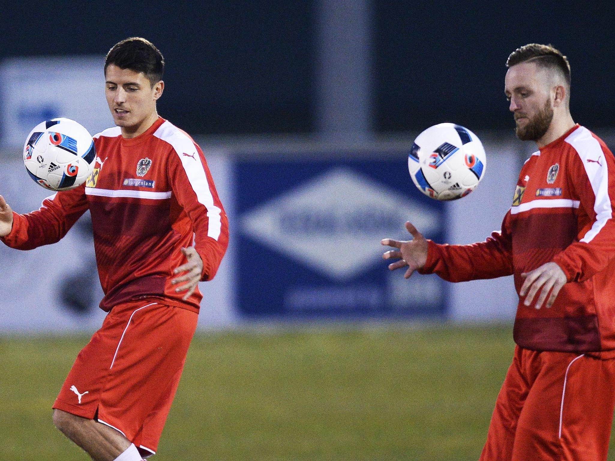 Alessandro Schöpf (link) und Jakob Jantscher beim Team-Training.