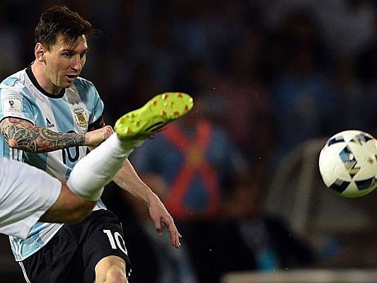 Seine Schuhe bringen Lionel Messi viel Kritik in Ägypten ein.